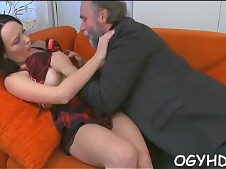 Black seductress tied and combed up on cul