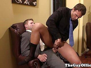 Amateur twink anal slapped by huge dick in office room