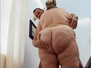 chubby mature housewife with big curly hair is getting fucked