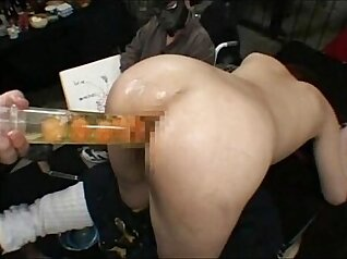 Charming Japanese amateur punished by security at the border