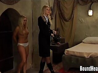 Chubby slim young lesbians kiss and masturbate in bed