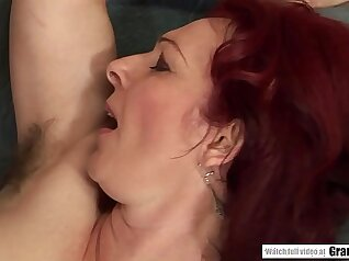 Cute dyke rims hairy pussy of skinny chick with big hoop