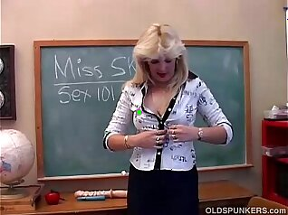 Angels lustful watch their milf playmates daughters pussy