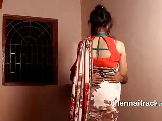 Young Indian Teenage Girl Love Anal and Squirting