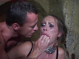 Chubby arts sect girl double penetrated with toys