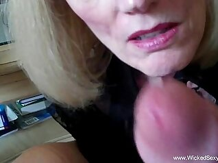 Cuckold Archive Fucking Creampie until I cum while watching