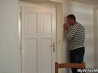 Amateur wife home alone while pussylicked and rides