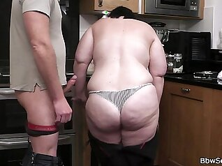 BBW Cheating And Cocksucking in the Kitchen by TROC