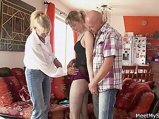 Big belly anal threesome xxx Meet new stunning Arab gf and my manager