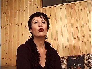 Horny Italian seduces stranger artist