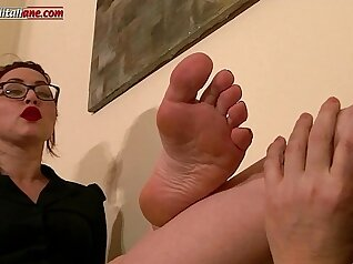 Baby show all sexy feet and foot domination