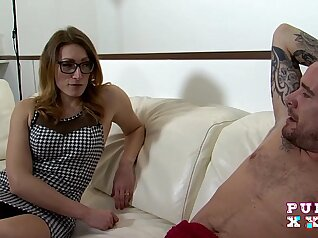 Courtney Summers in a stunning stepmom group