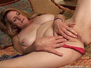 Fuckin Her Pussy Slutty