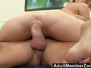 Curly femboy ass jizzed to skin